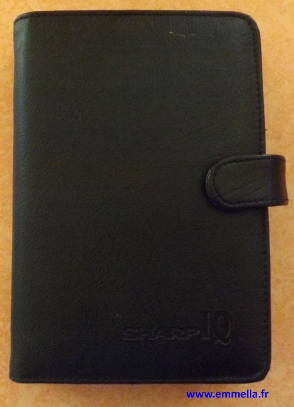 La pochette du Sharp IQ 7200